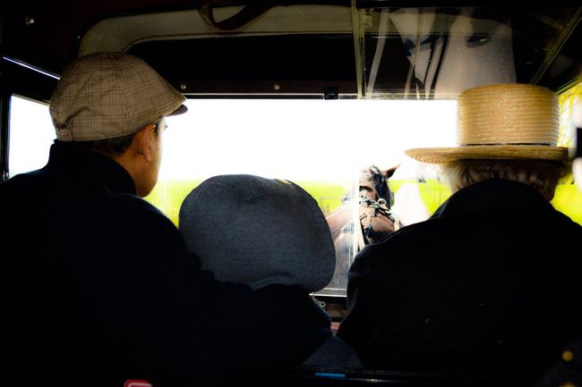 Amish Buggy Amish Country Fatherandsonmoments Springtime Amish Know How To Roll Farmlife