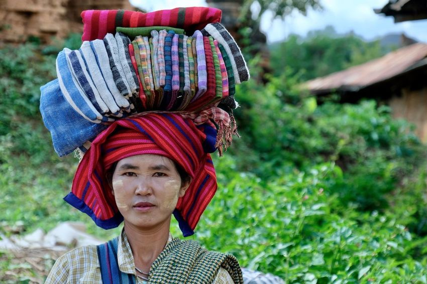 Focus On Foreground Outdoors Headshot Real People Portrait One Person Carrying On Head Woman Rural Scene Day People Market Merchant Seller Tradition Traditional Clothing Cultures Travel EyeEm Best Shots EyeEm Gallery Check This Out Popular Photos in Inn Dein Inle Lake , Myanmar MISSIONS: The Portraitist - 2017 EyeEm Awards