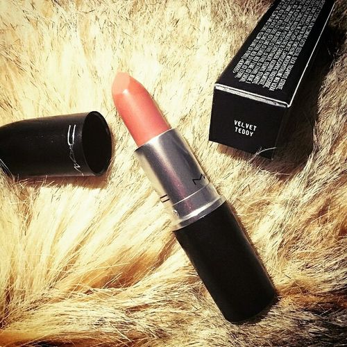 Mac cosmetics Mac Cosmetics Make Up Mua Makeup Artist Makeup Geek Check This Out City Brugge