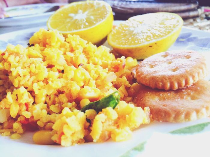 Simple Breakfast DeliciousFood  Breakfast Indianfood Yellow Hungry Checkthisout Morningscene Foodphotography