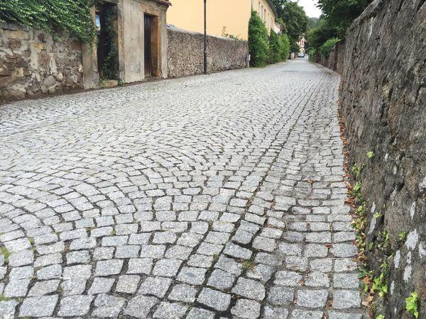 Weinstraße Weinbergstraße Stony Road Stony Road Walk This Way Street