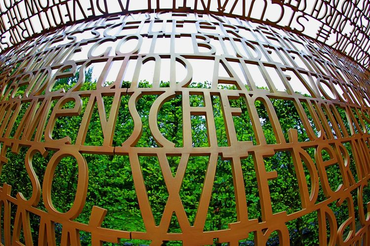 Art Christlicher Garten Close-up Day Green Color Letter And Words No People Outdoors Pattern