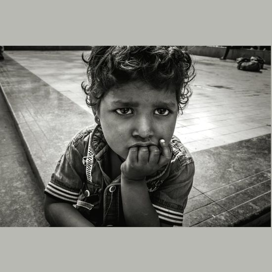 My tears are dry now , after seeing all truth. Street Streetphotography Child Close-up Real Life Real People Hope Delhi DelhiGram Delhi_igers Child Street Streetphotography DelhiGram Monochrome Innocence Hope Portrait