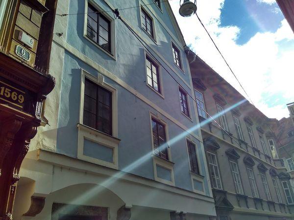 Travael Nofilter Austria No People Sunny Day Sunlight Building Exterior Architecture Built Structure Sky Blu Sky