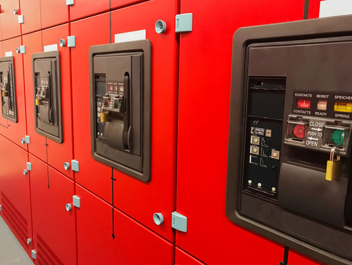 NSHV cabinet low voltage main distribution Inverter Low-voltage Low-voltage Main Distribution NSHV Transformer Air-conditioning Control Cabinet Data Center Distribution Cabinet Electric Distributor Electricity  Electricity Meter Heavy Current Main Distributor Medium Voltage Network Power Failure Sub-distributor Subdistribution