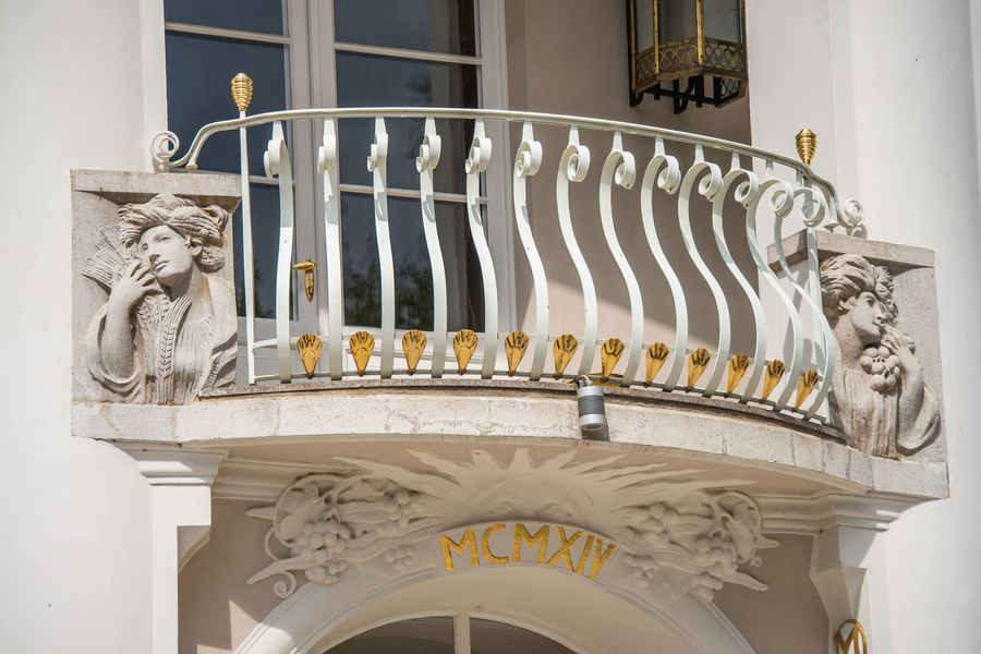 Alto Adige Jugendstil Kurhaus Architecture Art And Craft Balcony Building Building Exterior Built Structure Carving - Craft Product Craft Creativity Day Design Italy Low Angle View Merano No People Ornate Outdoors Representation Sculpture The Past Window