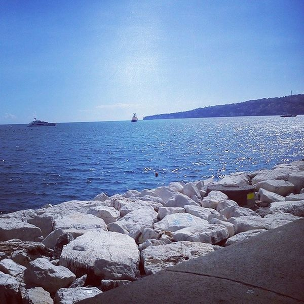 Nel blu dipinto di blu. Seashore Sand Shore Sunnydays skywatcher sun sky clouds blue beautiful bestpictureoftheday bluskies wave wonderful walkingonair likeinstagram tagstagramers TFLers tbt cute