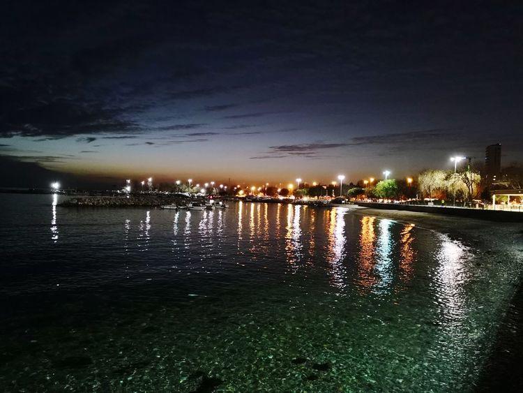 Huaweimate10pro Bostancı Huawei EyeEm Selects #huaweimate10pro Huaweimate10pro Citylights Water Night Reflection Illuminated Sky Outdoors No People City Nature