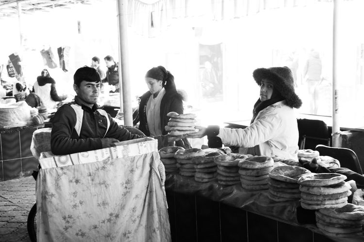 Real People Light And Shadow Taking Photos Check This Out Moment Portrait Blackandwhite Market