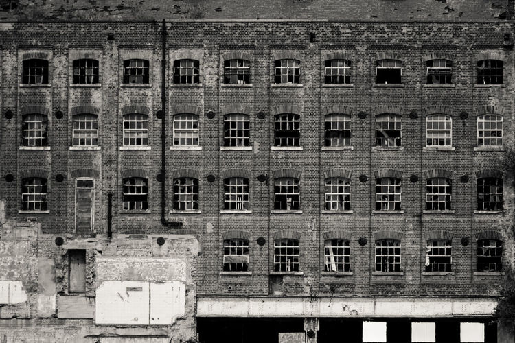 Crumbling Millennium Mills Abandoned Derelict & Abandoned Architecture Architecturelovers Architecture_collection Eyem_abandonment Derelict Black&white Bricks Windows