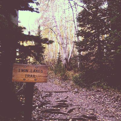 Twin Lakes trailhead