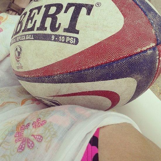 La ovalada me acompaña en Cerroazul y amor x el Rugby es enorme Verano2014 Igersperu summer rugbygirl