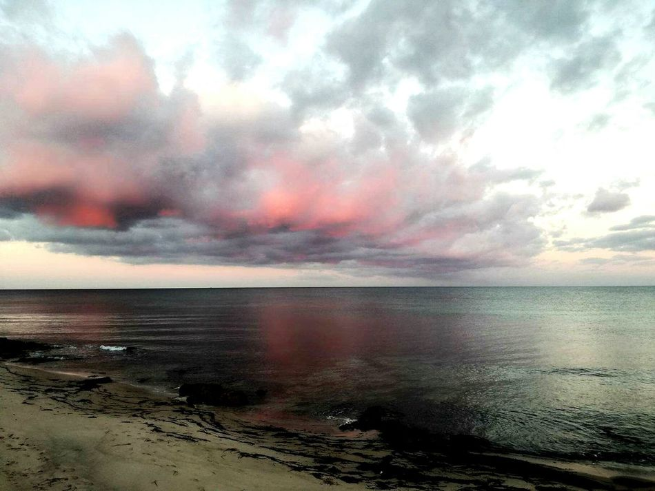 Beach Sea Sunset Dramatic Sky Cloud - Sky Horizon Over Water Water Sand Nature Reflection Tranquility Tranquil Scene Outdoors Sky Scenics Beauty In Nature Landscape No People Bizerte Bizerte Tunisia Home Town Crépuscule Couher De Soleil No People Outdoors La Mer Be. Ready.