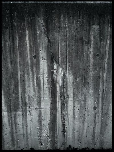 No People Weathered Angles And Lines Architecture Forgotten Times Fragility Decayed Beauty Forgotten Places  Beauty Of The Ordinary Concrete Wall Cracked Concrete Cracks And Shadows Crackling Gloomy