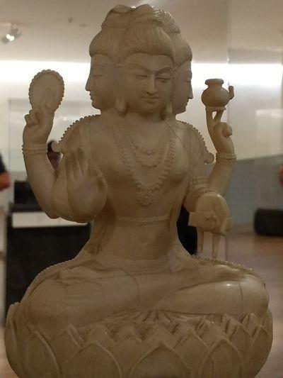 CDMX ❤ Soumaya Museum Escultura Art Exhibition Marfil Sculpture Statue Ancient Civilization Buddha Sculpted Art
