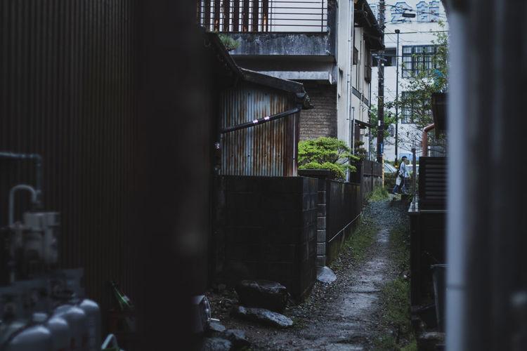 Dim alley