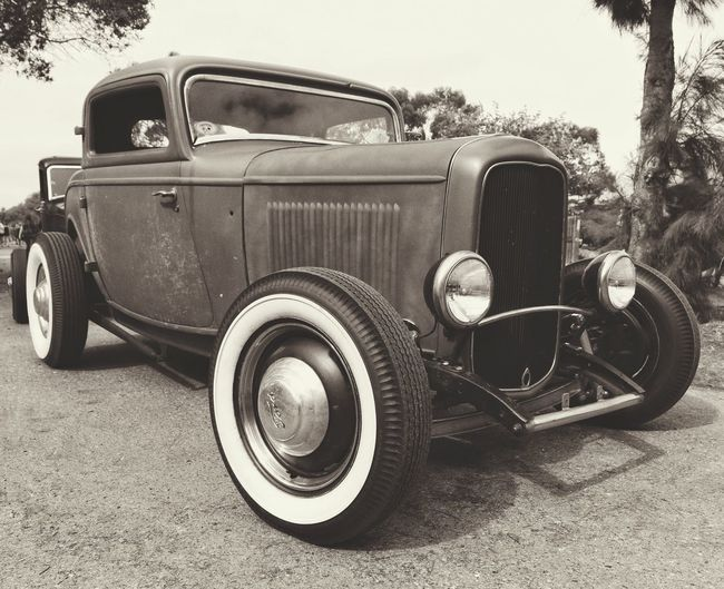 Hot Rod Delxue Retro Styled Old-fashioned Nostalgia Transportation Car Vintage Rockabilly Vintage Cars HotRods Pinup Kustom Kulture Ford Coupe Ford 1932 Ford Hot Rod Cars Old Car Classic Car Car Show Automobile Antique Ford Street Rod 32 Ford Car Photographer Collector Car EyeEmNewHere