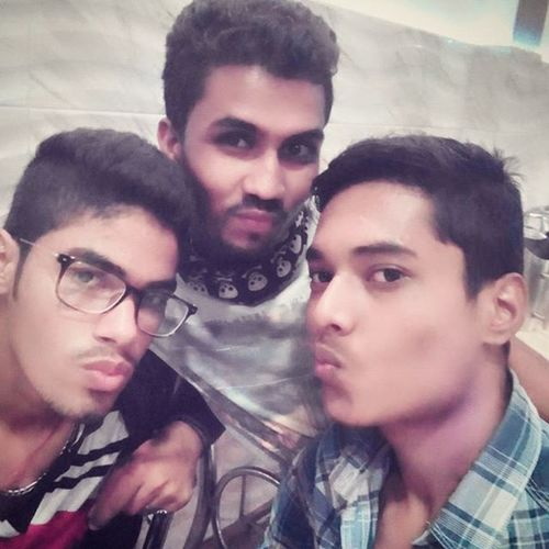 Hahaha Sorry @kshitijjain123 that I posted it. Our First and only Pout pic on Someone's Demand. Love D pic PoutPic ChoriChupkePost LovleyOne