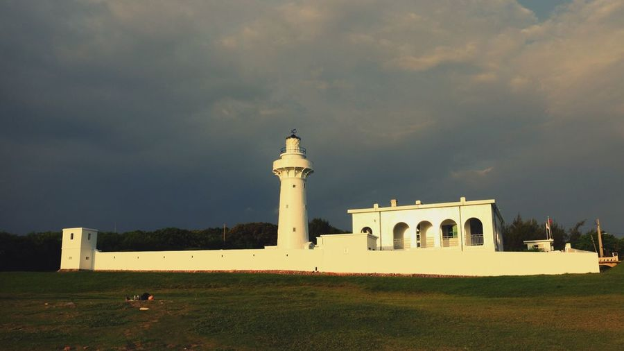 The lighthouse shining in the sunset Architecture Sunset Light Lighthouse Taiwan Bright Enjoying Life Urban Landscape Taking Photos