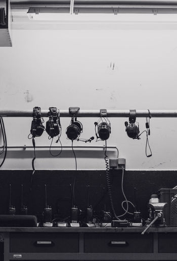 Box Hanging Headphones LINE Motorsport Blackandwhite Communication Funk Headphone Padock Technology