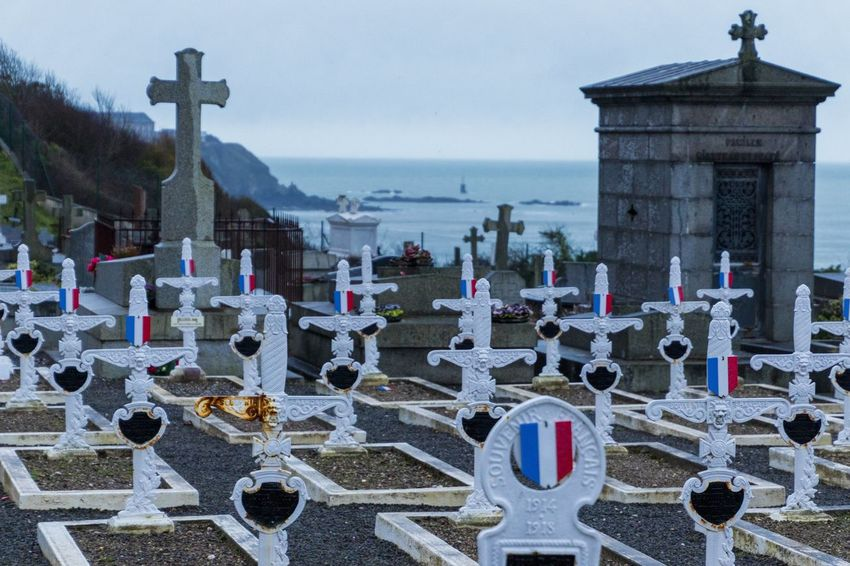 Crosses France Patriotism Religius Spirituality Cementery Cemetary Cemetery Cross Day Granville Graves Gravestones Horizon Over Water Memorial No People Normandy Outdoors Place Of Worship Religion Sea Soldiers' Graves Spirituality