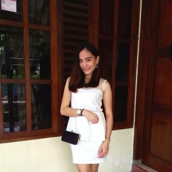 EyeEm Enjoying Life Girl Outfit Formal White Me Oh Hi Pretty