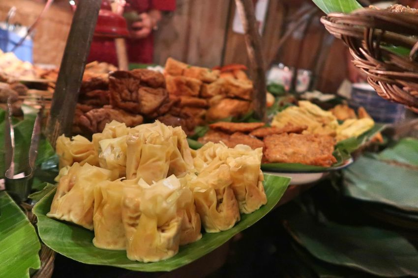 Angkringan Business Choice Close-up Dumpling  Dumplings Focus On Foreground Food Food And Drink For Sale Freshness Healthy Eating Indoors  Indulgence Market No People Ready-to-eat Retail  Siomay Snack Still Life Sumay Sweet Food Temptation Wellbeing