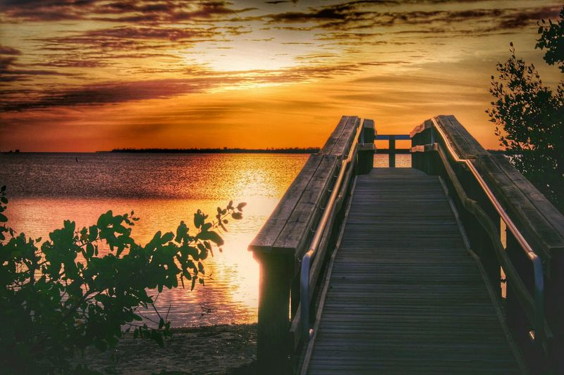 Sunset Lookout Sunset_collection Pier Scenic Lookout Florida United States Digitalu EyeEm Nature Lover Water Clouds And Sky 43 Golden Moments Hidden Gems  Bokeelia Swflorida Beauty In Nature Outdoors Nature Sea Scenics Tranquil Scene Swfl