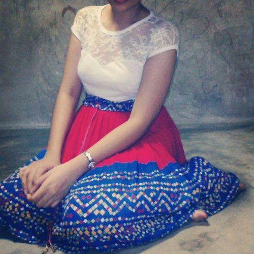 Hello braso. :( Ootd Filipina Fashionfreak Asian  skirt blue red floral hello igasia fashion dress blogger