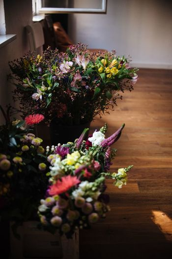 Summer flowers Flowerbouquet Bouquet Summerflowers Summer Plant Flowering Plant Flower Nature Vulnerability  Fragility Flower Arrangement Freshness Beauty In Nature Flower Head Arrangement Decoration Bunch Of Flowers Indoors  Multi Colored No People Close-up Day Growth
