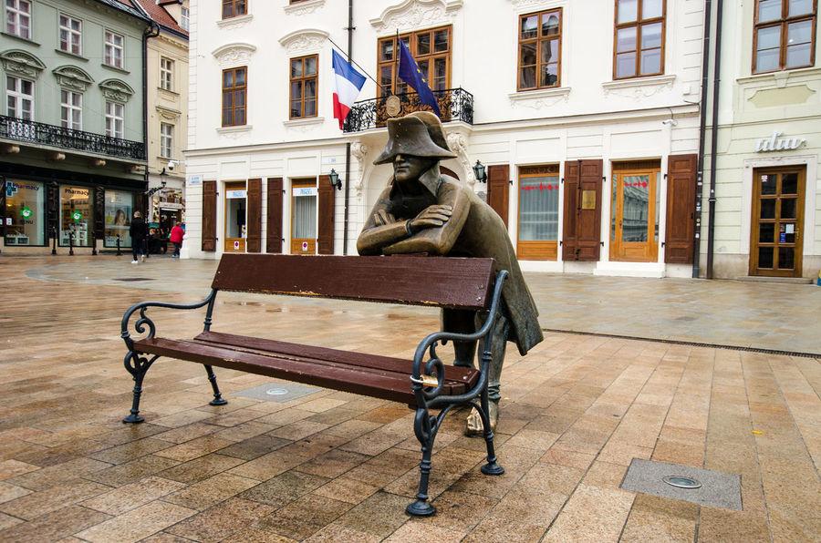 Napoleon Bench Bratislava City Cloudy Landmarks Napoleon Slovakia Statue