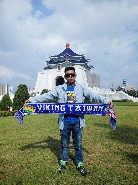 Viking Taiwan 🙌 Myfriend Persib Bobotoh Chiangkaishek Enjoying Life Hanging Out Protecting Where We Play What I Value