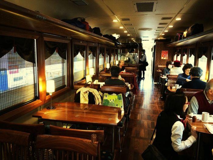 おしゃれな車内 Kyoto Train