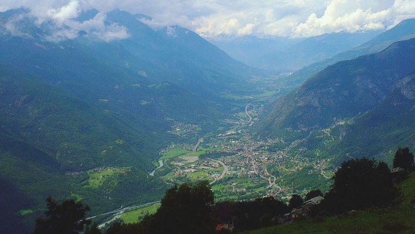 Veduta dal col de joux in Valle d'Aosta italy Foto Italiane Foto By Ulk Mountain View Landscape on the road