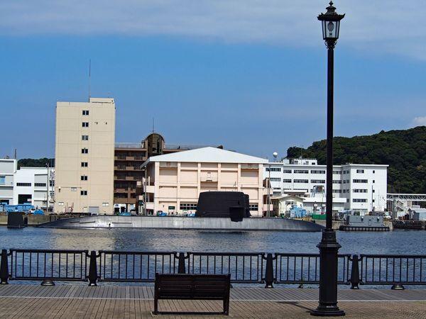 The bench, outdoor lights, and submarine sea-view. Bench Outdoor Lights Sea Sea And Sky Seaside Submarine Sea View Yokosuka Japan M.zuiko 海上自衛隊