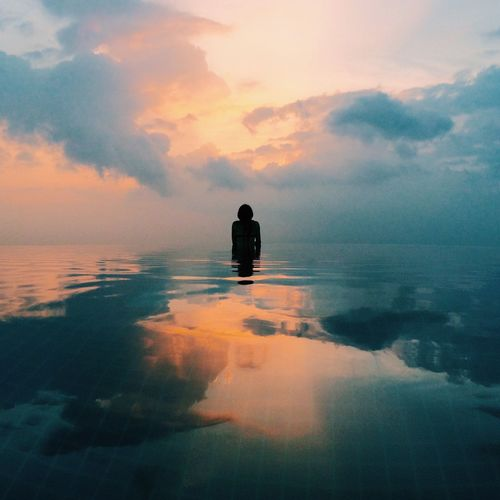 IPSSkies Sunset Clouds Sky Reflection Water Reflections Infinity Pool The Traveler - 2015 EyeEm Awards