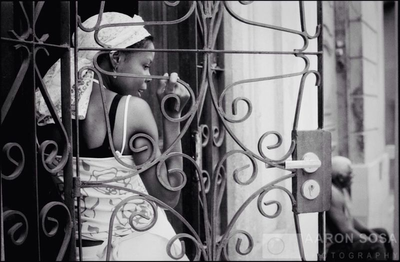 Havana -Cuba / Photography by Aaron Sosa / www.aaronsosaphotography.com www.aaronsosablog.com Blackandwhite Photography Cuba Havana