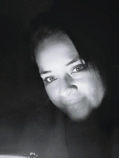 Hanging Out Hello World Hi! Enjoying Life EyeEm People Of EyeEm Blackandwhite People Photography Black And White EyeEm Best Shots Blackandwhite Photography Love ♥ People Are People EyeEm Gallery People Want To Be Loved People_bw EyeEm Best Shots - People + Portrait EyeEm Bnw EyeEm Best Edits EyeEm Team Faces Of EyeEm Face To Face Face Photoface Women Of EyeEm