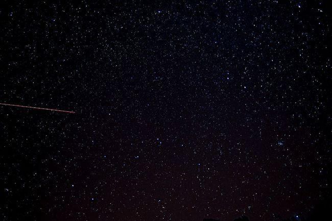 I think Santa's making a few practice runs tonight... Meteor Shower Nightsky Under The Milky Way