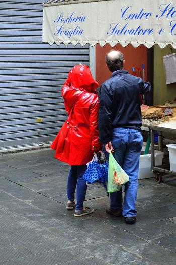 Caruggi Citta City Cityscape Genoa Genova Italia Italy People Persone Street Urban