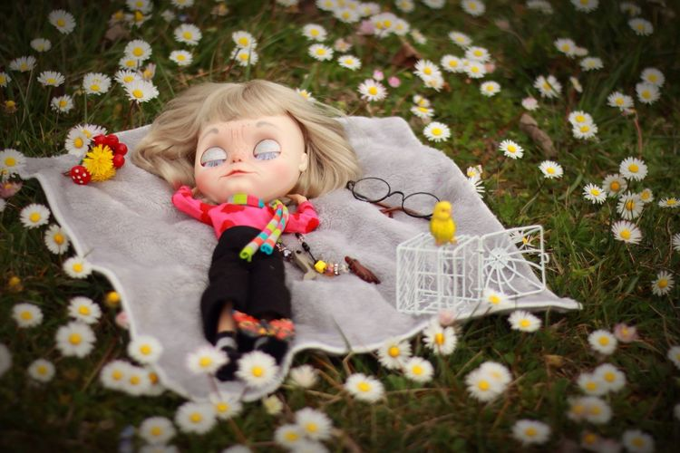 NELDA Blythe Doll Customized by fancybambolette ! Blond Hair Flower One Girl Only Childhood One Person Girls Spring Portrait Outdoors Smiling Nature Day Nap Daisies Meadow Flowers Relax Reborn Blossom EyeEmNewHere