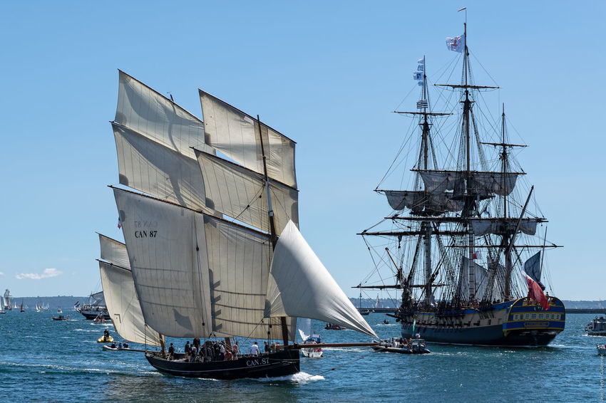 La Cancalaise & l'Hermione Blue Boat Brest Brest 2016 Brest2016 Fêtes Maritimes Harbor Mast Mode Of Transport Nautical Vessel No People Ocean Outdoors Rippled Sailboat Sailing Ship Sky Water Waterfront