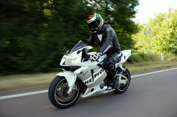 Riding my Bike 👍 First Eyeem Photo Honda Motorcycle CANON EOS700D Photography Learning Photography Motorcycle Summertime AlpineStars Dainese Hjc HRC Rollingshot