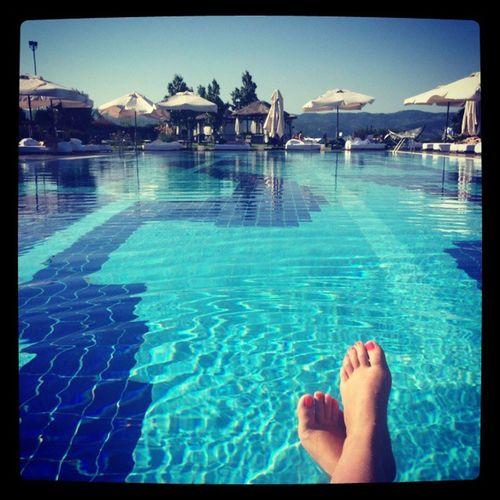 Havuzlu ayak fotografim da olduguna gore artik ölebilirim. Poollove Holiday ILoveWater Allwater