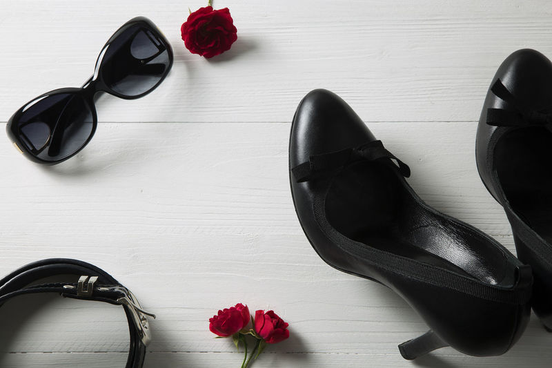 Belt  Close-up Day Fashion Flower Flowers Freshness Heels Leather Nature No People Red Red Roses Schoes Still Life Sunglasses Top Water Woman