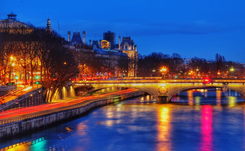 Streetphotography Light Long Exposure Reflection Paris France Europe Water Blue Urban Landscape