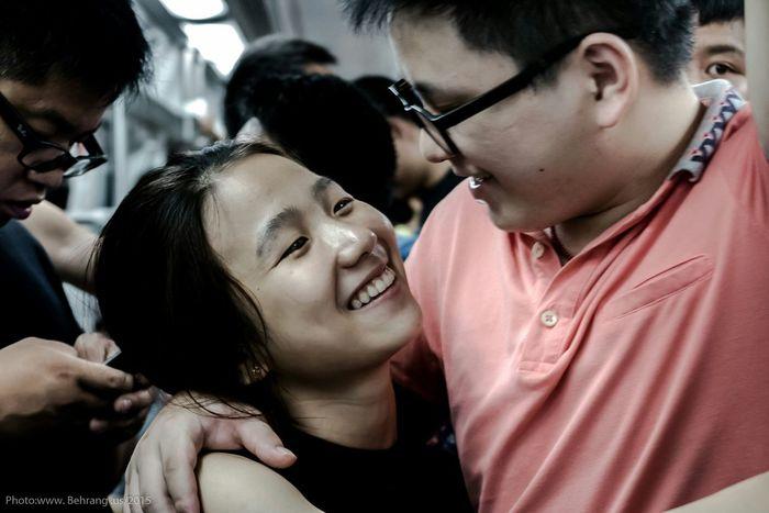 Streetphotography Shenzhen China Chinailoved Lovers Behrang.us Subway