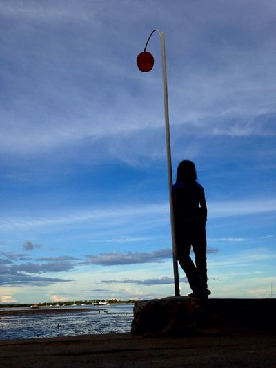 Friend Of Mine Silhouette Baywalk Lamppost Sunset #sun #clouds #skylovers #sky #nature #beautifulinnature #naturalbeauty #photography #landscape Sunset Moments Things I Like Seaside Eyeem Philippines Mobile Photography