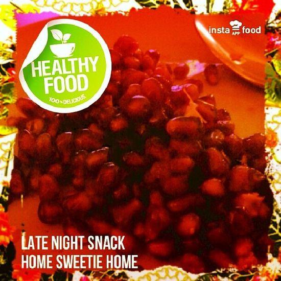 My late night snack ? Granat äpple Frukt Fruit Late night