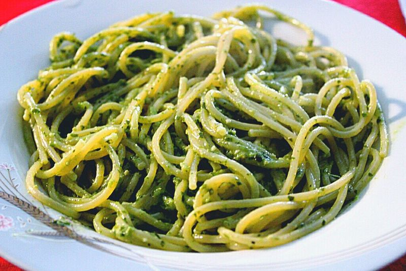 Un Pesto Di Pasta Pasta Italian Food Food Spaghetti Plate Ready-to-eat Savory Food Freshness Cultures Food And Drink Close-up No People